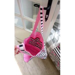Torba Flamingi, tło czarne paski