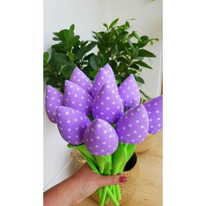 Tulipany fioletowe w kropeczki